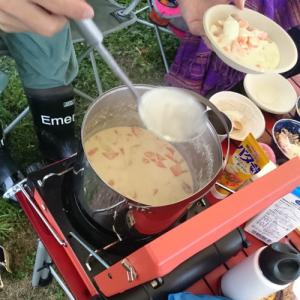 野外で食べるあったかシチューは格別! 秋フェス・秋キャンプにあると便利なアイテム