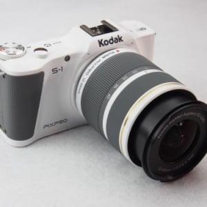 【モノ・マガジンのデジカメ報告 No.3】黒船襲来! 合衆国からやってきたマイクロフォーサーズ 『Kodak PIXPRO S-1』