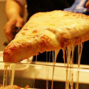 【試食レポ】もちもちとカリッカリッの絶品生地! 話題のピッツァ店『SPONTINI』が日本上陸!