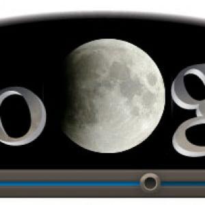 『Google』のロゴが皆既月食になりました! 6月16日の朝に皆既月食
