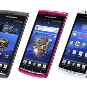auのAndroidスマートフォン『Xperia acro IS11S』が発売