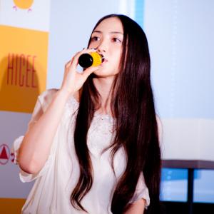 香椎由宇さん出産後初仕事! 『ハイシードリンク』で美味しさ美しさ『いいとこドリ』