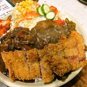 某焼肉店で『ビーフカツカレー』を注文した結果… @『焼肉はせ川』小田急相模原