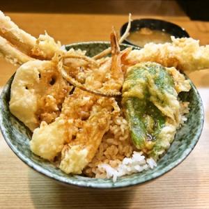 丼から飛び出す穴子天!『穴子海老天丼』を食す! @『はちまき』神保町