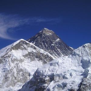 2015年のエベレスト登頂成功者は41年ぶりにゼロ アタックしたのは栗城史多氏だけ