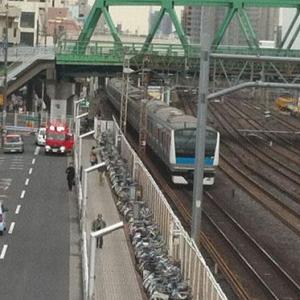 NTTグループ企業の社員が電車内でパソコンを盗まれる