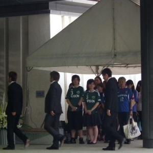 「松田が一番大事なカギだったことは一生忘れない」 サッカー元日本代表・松田選手の通夜に参列者1800人
