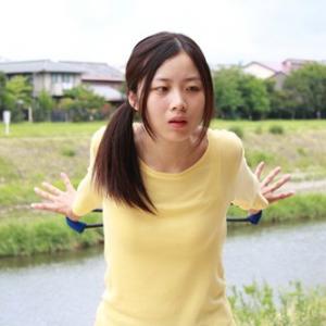【ピポトレ】100円なのに本格的! 身体の後ろ側をキレイに伸ばすスクワットで肩コリも予防