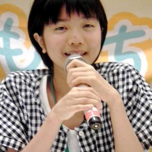 """「福島で皆と一緒にいたいけど・・・」 福島から""""疎開""""の中学生が語る"""