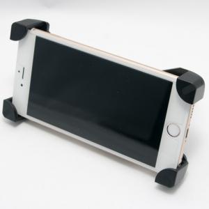 四隅を確実に固定する自転車用スマホマウント ケースなしで取り付けできます