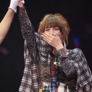 篠田麻里子がAKBじゃんけん大会で優勝 初のセンターに「正直めちゃくちゃうれしい」