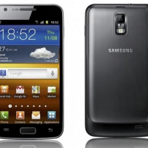 HDディスプレイを搭載したSamsungのLTEスマートフォン「SHV-E120L」の名前は「Galaxy S II HD LTE」らしい