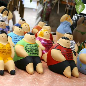 ジャンクフードに税金? 笑っちゃいけない世界の肥満対策