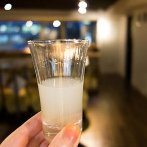セルフ日本酒生樽サーバーも体験! スーパーや居酒屋では見かけない日本酒を飲み比べてみた
