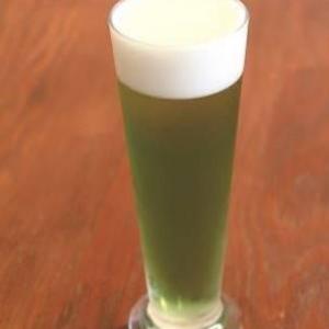 """""""ミドリムシ""""ビールで乾杯だ! 変わり種ビールがのめるビアガーデン5月20日より開催"""