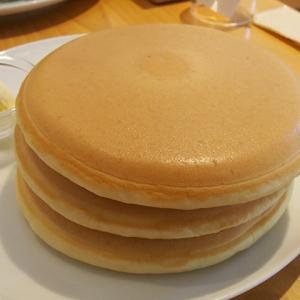 【元町カフェ】パンケーキ界のデファクトスタンダードを食す! --パンケーキ・リストランテ