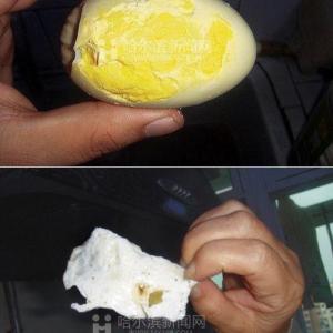 中国でまた偽のアヒル卵が流通 発見者「ゆでたらゴムボールみたいに跳ねた」