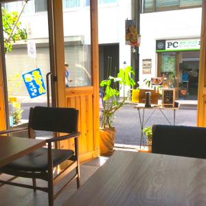 【ガジェ通秋葉原制覇】アキバの路地裏で不思議なオーラを放つオシャレ空間『QLQL cafe』がかなり良い件