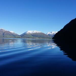 浮かんで、潜って、飛び降りて!カラダで感じるニュージーランドの絶景ベスト3