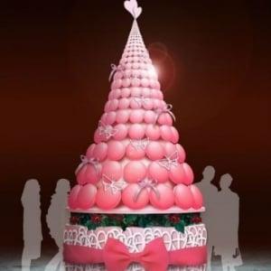 世界最大級のマカロンXmasツリーが登場! 帝国ホテルの『スイーツアート展』
