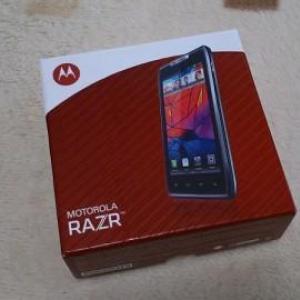 Motorola RAZR(XT910)開封の儀(更新)