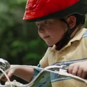 【動画】自転車で友だちに会いに行く! 成長していく子供の姿に注目