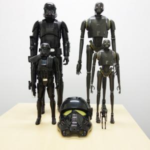 『ローグ・ワン』関連おもちゃはまずこれに注目! デス・トルーパー&K-2SO特集