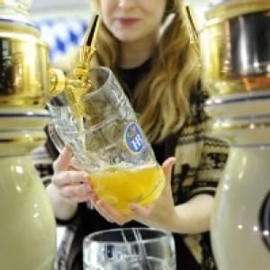 【日曜版】日比谷でドイツ、六本木で日本~ビールのお祭り開催中