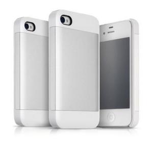 Apple製品との相性も良好! 『iPhone 4/4S』ホワイトに似合いすぎるケース