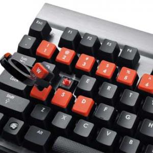 シューティングゲームに強い! リンクスがメカニカルゲーミングキーボードを発売