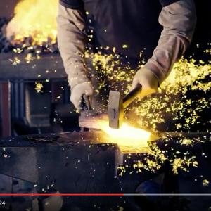"""いい意味で無駄!  『マジンガーZ』映画化に触発された鍛冶屋さんが""""ブレストファイヤー""""のアレを作る動画がいい意味で無駄!"""