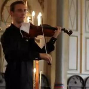 ヴィオラ演奏中に携帯の着信音が そんなときに演奏者がとった行動は?