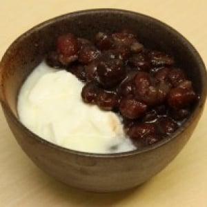 【日曜版】『あんこヨーグルト』を実食してみた【格差の食卓:第5回】