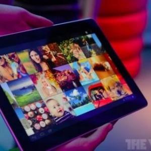 MWC 2012:Huawei、クアッドコアCPU・画面解像度1920×1200ピクセルの10.1インチタブレット『MediaPad 10』を公開