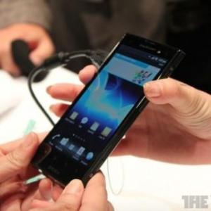 MWC 2012:Xperia ionは今夏に米国以外でも発売される予定