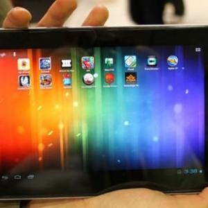 MWC 2012:クアッドコアTegra 3を搭載した東芝の7.7インチタブレットが見つかる(動画あり)