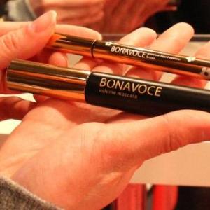 大人可愛いデザインが魅力 紗栄子プロデュースコスメ「BONAVOCE」