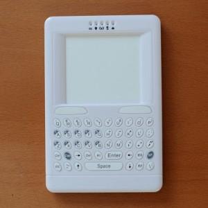TVリモコン感覚!ワイヤレスキーボード『IRC-01』製品レビュー