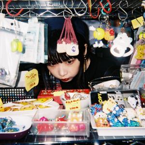 老月ミカ――拡散する写真集「GetNews girl(ガジェット女子)」