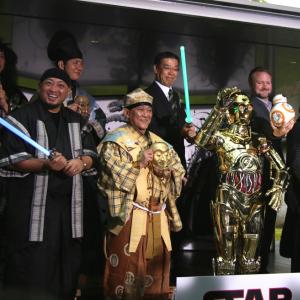 【動画】R2-D2とC-3POの掛け合いは狂言発?!『スター・ウォーズ狂言』が色々スゴい!