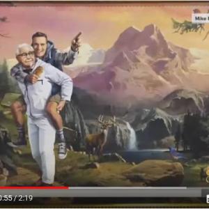 KFCがフォローする11人の謎を解明したMike Edgette氏 ごほうびとしてKFCから絵画を贈呈される