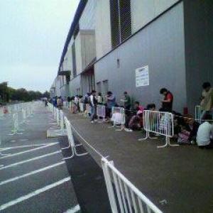 【超会議】速報 『ニコニコ超会議』会場の幕張メッセに既に数百人の列が出来る!