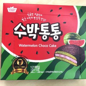 衝撃の組み合わせ! 韓国で見つけた「スイカ味のチョコパイ」気になるお味は?