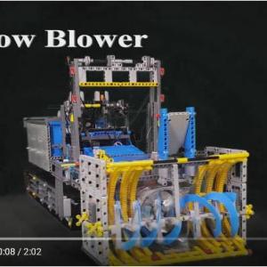 レゴで作ったのに実際に稼働する除雪車