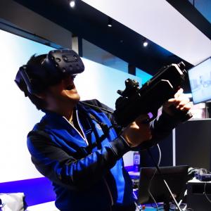 HTCの新VRヘッドセット『VIVE Pro』を使ったアクティビティ『大量破壊VRシューティング ギャラガフィーバー』を体験してきました
