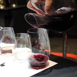 ワイングラスで変化! カジュアルワイン『アルパカ』が高級ワインに テイスティング体験会へ行ってみた