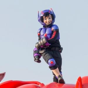 東京ディズニーランド35周年ついに開幕! 『ベイマックス』ヒロも初参戦の新パレード写真を緊急入手!