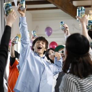 【ネタバレ注意!】『ホワイトベルグ』新CMにあの人も出演!? 窪田正孝さんと密かに共演する有名人を全員教えちゃいます[PR]