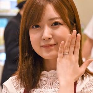 入籍発表の須藤凛々花「子どもは5人くらい欲しい」 娘がアイドルになるのは「全力で反対」