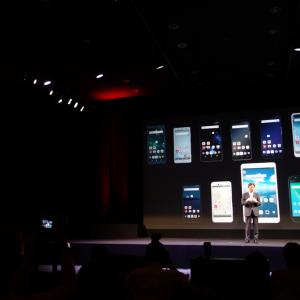『Xperia XZ2』『Galaxy S9』シリーズや国内ドコモ限定『HUAWEI P20 Pro』などスマートフォン10機種+タブレット1機種を発表 ドコモ2018年夏モデル発表会レポート